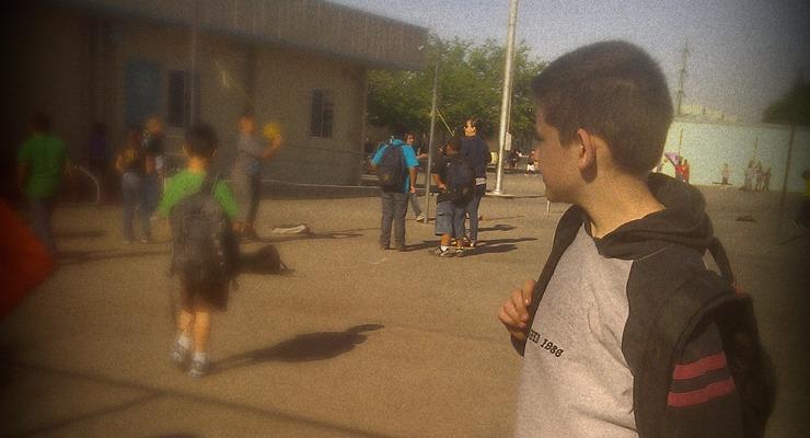 Irtóznak az iskolák a zümmügő autistáktól