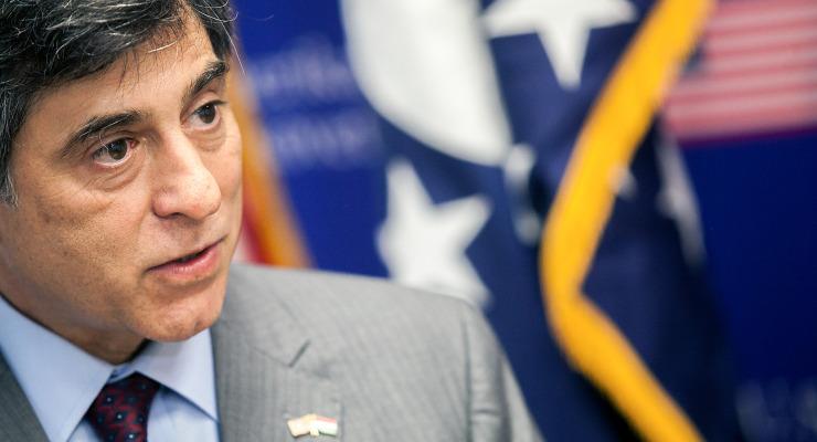 Évek óta küldi a korrupciós vészjelzéseket az amerikai diplomácia