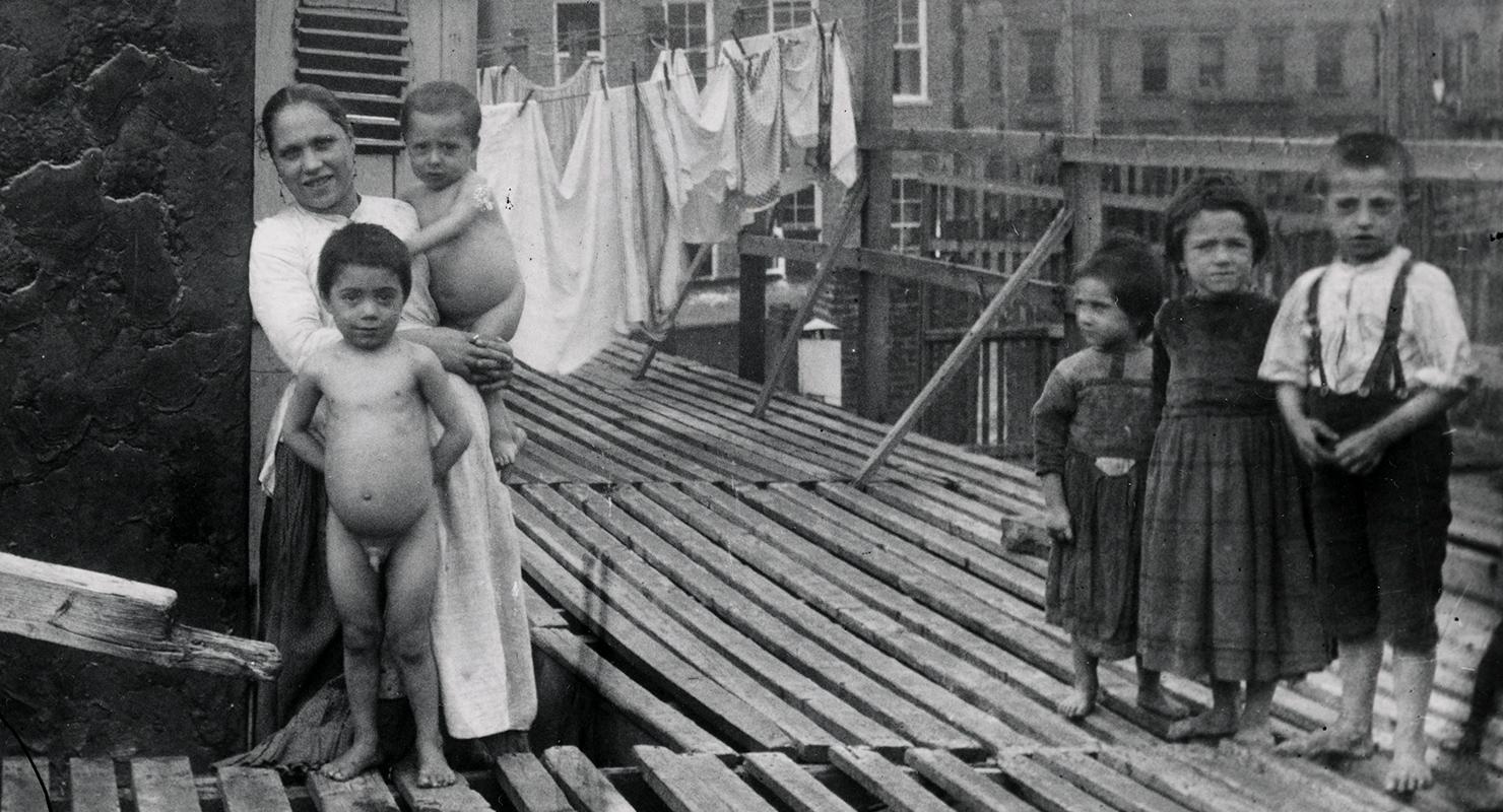Széttépi a családokat a szegénység