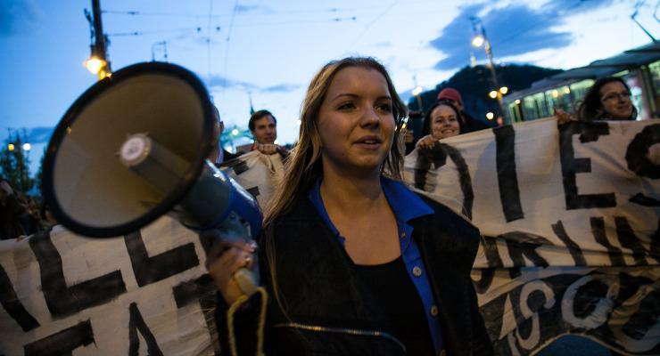 Szerdán folytatják a diákok a tüntetést