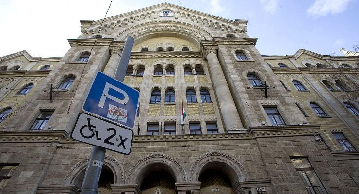 Pokollá teszik a kisebbségek életét Magyarországon