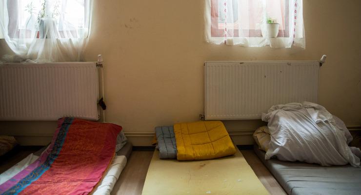 Kegyetlen választásokra kényszeríti a hajléktalanokat az elhibázott rendszer