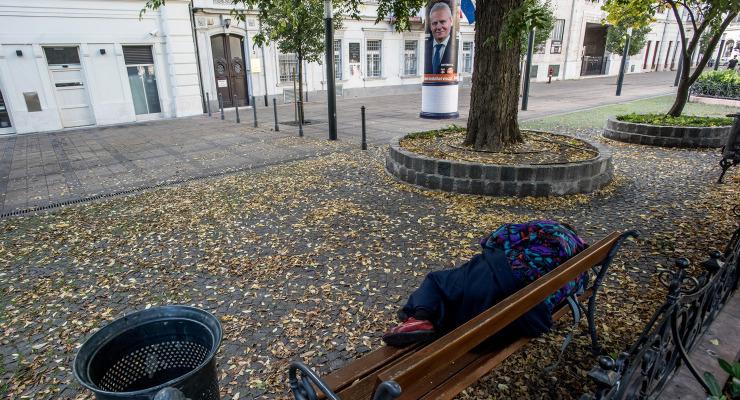 Megkegyelmeztek a hatóságok a hajléktlanoknak