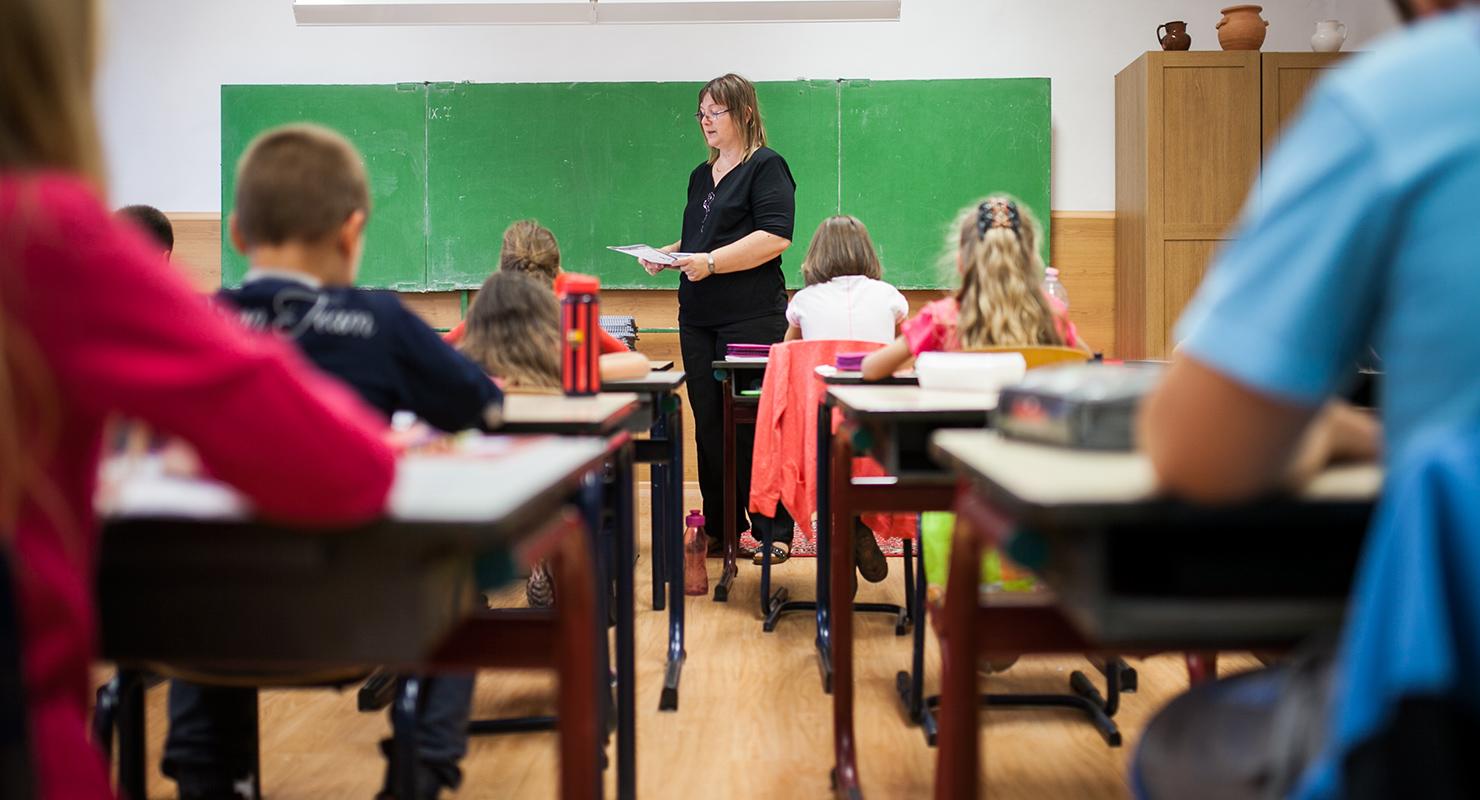 A szegény gyerekek nem akarnak a jó iskolába menni