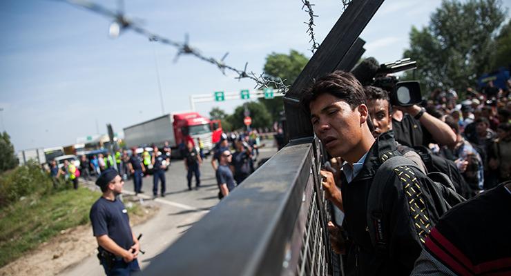 Megtörte a menekülteket a határmenti daráló