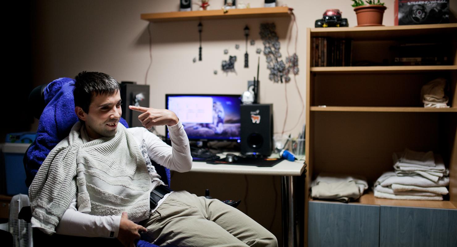 Ha már mozgássérült, legyen értelmi fogyatékos is