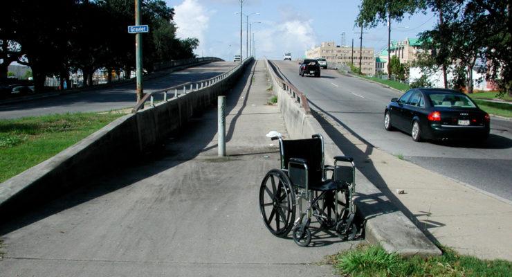 Örökre vesszőfutás marad a mozgássérültek közlekedése