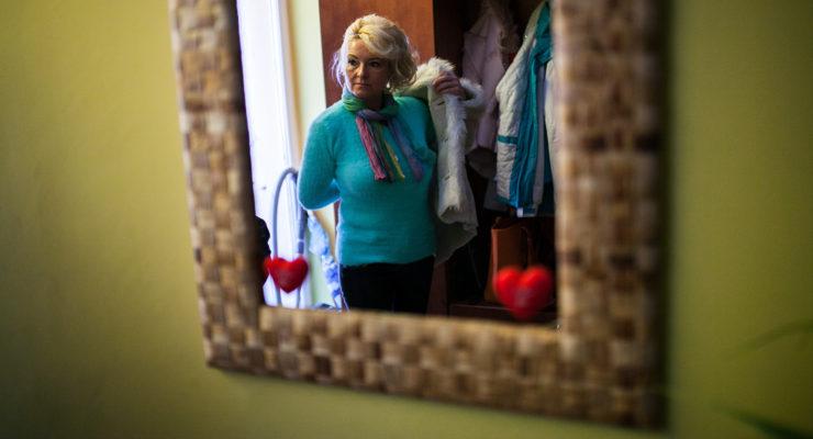 Egymaga ment meg családokat, iskolákat a miskolci ápolónő