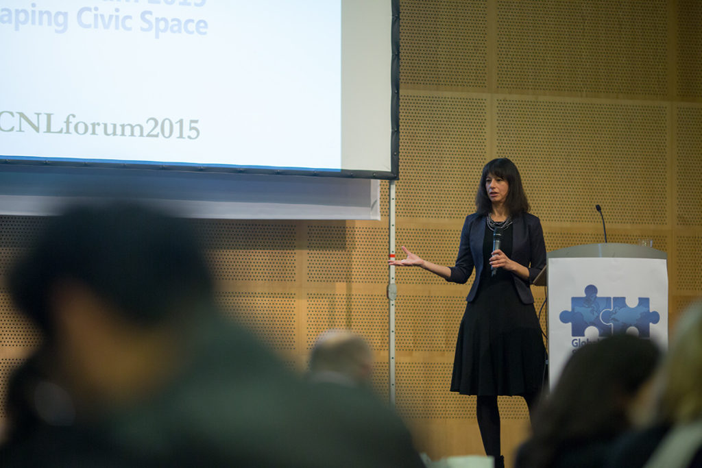 Bullain Nilda az ICNL 2015. májusában Stockholmban tartott nemzetközi konferenciáján   Forrás: flickr/ENSZ Gyülekezési Jogi Különmegbízottja CC-BY