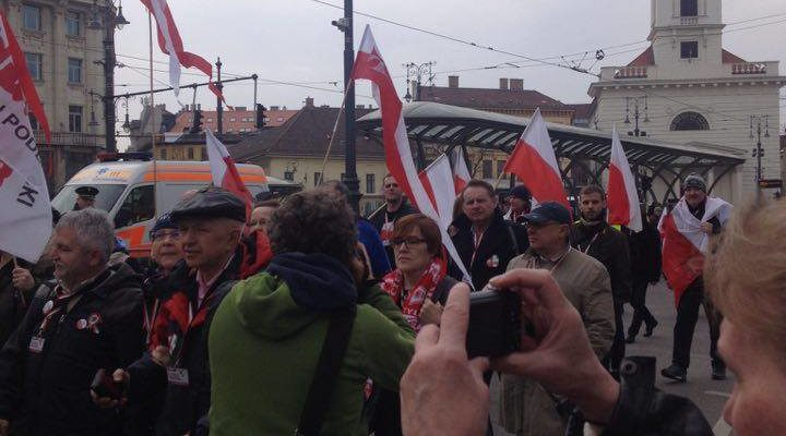 Kereplés és füttykoncert nyomta el Orbán március 15-i beszédét