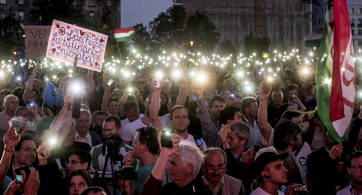 Európa vagy Gorbánia? - nem állnak meg a kormányellenes tüntetők