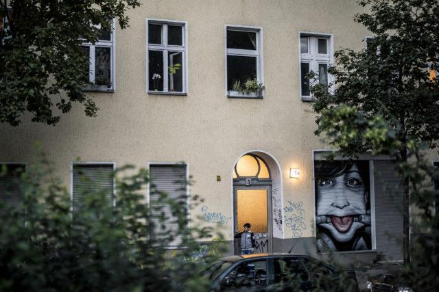 Inkább egymást bántják a menekültek, mint a németeket