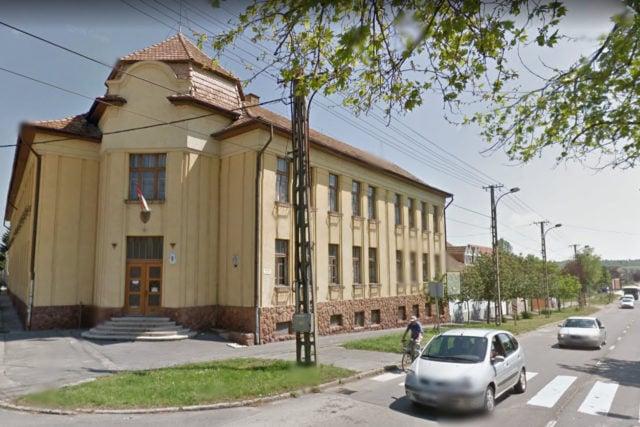 A Pécsi Úti Általános Iskola Kaposváron | Forrás: Google Street View