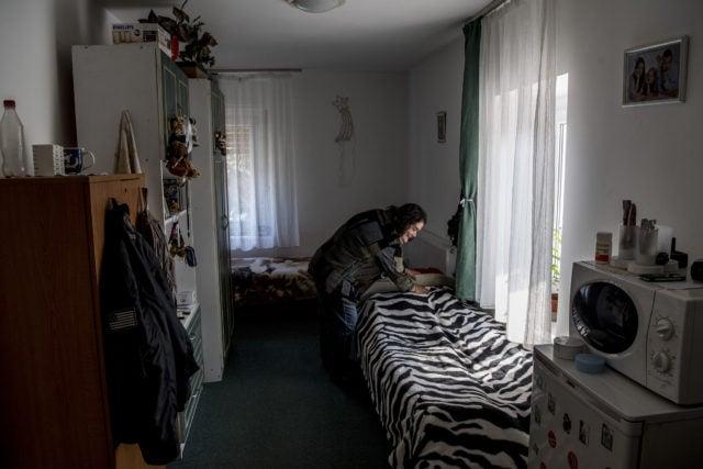 Senki nem panaszkodik, hogy értelmi fogyatékos húzza fel az ágyneműt