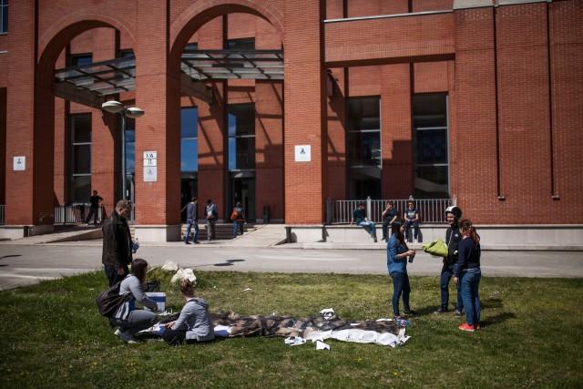 Behozhatatlan hátrányból indulnak a vidéki egyetemisták