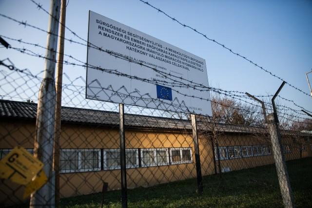 Biztos hajléktalanságra ítéli a kormány a menekülteket