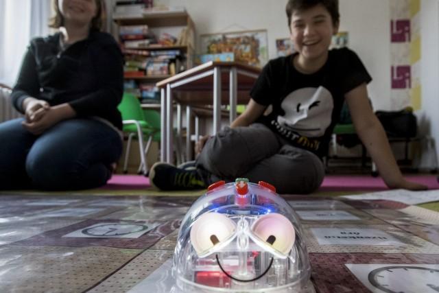 Robotokkal fejleszt a gyógypedagógus