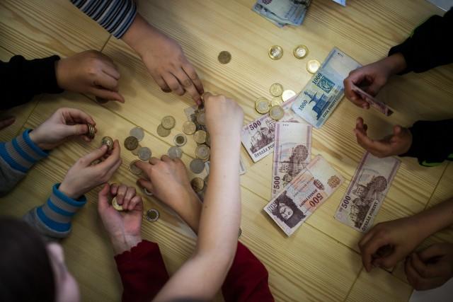 Egyenlőségre és alapjövedelemre vágynak a magyarok