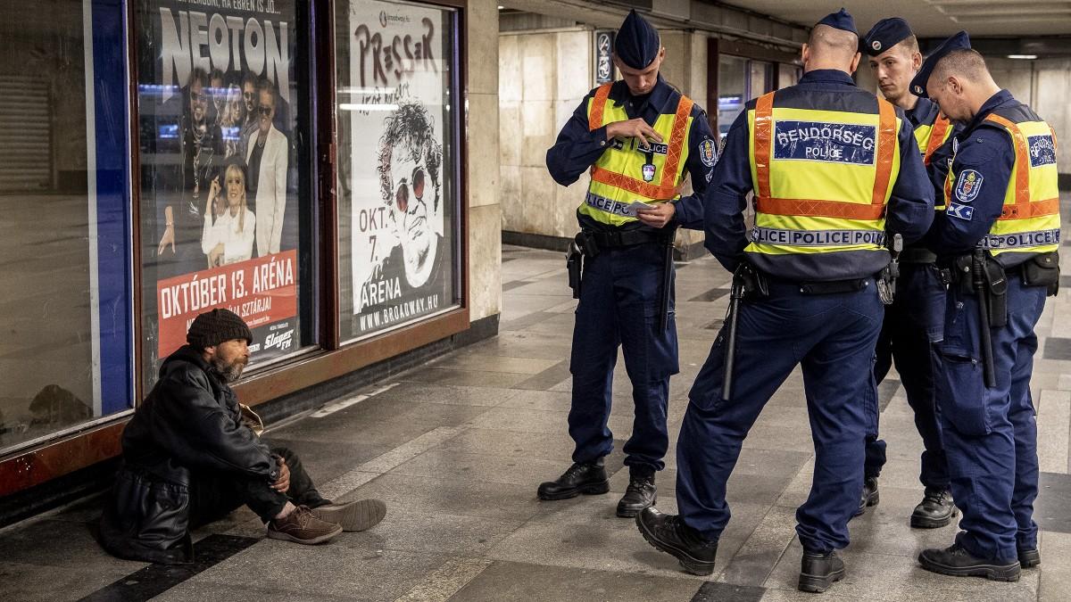 Kisöpörték az aluljárókban éjszakázókat a hajléktalantörvény első napján