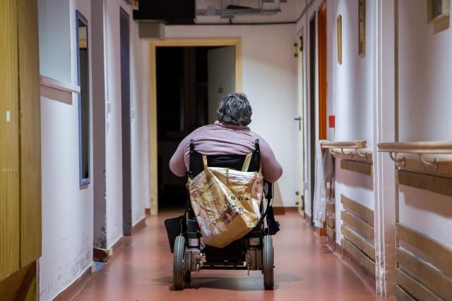 Mozgássérültek százezrei élhetnének önállóan, ha hagynák 1