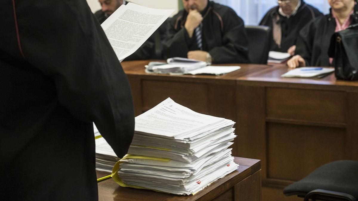 Packáznak önnel a hivatalok? Még most menjen bíróságra, mielőtt késő lesz!