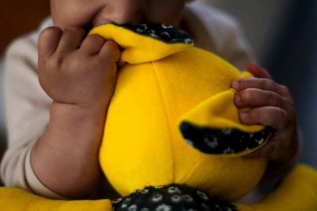 Kimondta a bíróság: az Emmi felelős azért, mert szegénység miatt veszik el a gyereket