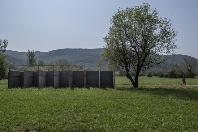 Túl sokat kért a falu a helyhasználatért, inkább elköltözött az ELTE gólyatábora