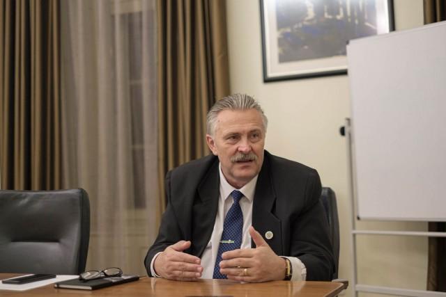 A miskolci romák polgármestere is akar lenni a frissen megválasztott Veres Pál
